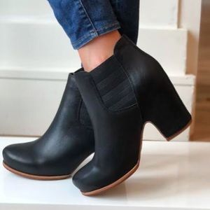 Like New! Kork-Ease Shirome Bootie Black Leather